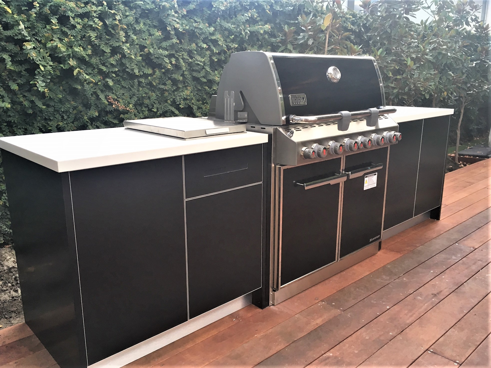 Weber Summit E660 BBQ Matte Black Corian White Jasmine Outdoor Kitchen